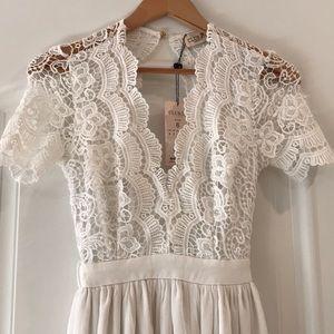 Club L London white lace/chiffon maxi NWT, sz 2